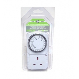 PIFCO 24 Hour Programmable 3 Pin Plug In Timer Maximum 3200W 15 Min - 24 Hour